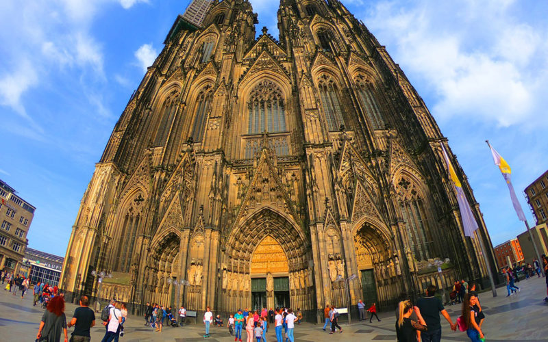 cologne-cathedral-3588870_1280